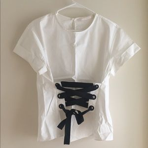 White t-shirt with corset